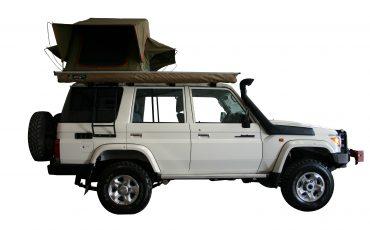 Asco V Toyota Landcruiser- 4×4 Stationwagon mit Dachzelt